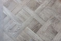 Parquet panels Versailles leached gray oak