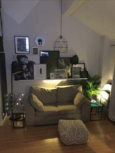 My urban jungle living room
