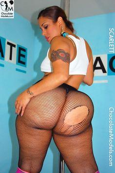 scarlett big booty latina