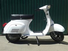 Primavera PK75 Vespa Lambretta, Dream Garage, Motorbikes, Motorcycles, Cars, Vespas, Spring, Autos, Car