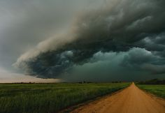 Outstanding storm chasing photos