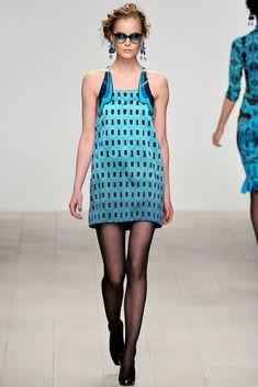 Holly Fulton Fall 2012 Ready-to-Wear Fashion Show - Edda Oscars