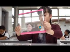 Grafeno: dentro de 50 años (1ª parte) - YouTube. Un futuro un tanto pretencioso, muy idílico, pero primero quitemos el hambre en el mundo, acabemos con la injusticia y el paro, y pongamos las cosas en su sitio para el beneficio de la vida.