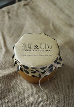 Confiture poire & coing et sa jolie étiquette à pois   Petits Pois