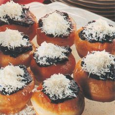 Doughnut, Sushi, Muffin, Baking, Breakfast, Ethnic Recipes, Food, Cakes, Fine Dining