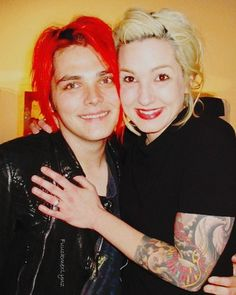 Gerard And Lindsey Way Baby Gerard and lyn. lindsey way Gerard Way, Emo Bands, Music Bands, Lindsey Way, Mindless Self Indulgence, Black Parade, Music Like, My Escape, My Chemical Romance