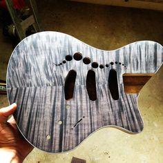 #blackburst #flamemaple #guitar #handmadeguitars #geartalk