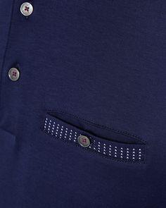 Magasin d usine Ted Baker   Vêtements homme   T-shirts. Polo en coton ... b265db12cd4