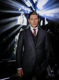 Jensen Ackles as Michael! Michael Supernatural, Jensen Ackles Supernatural, Jensen Ackles Jared Padalecki, Winchester Supernatural, Jared And Jensen, Winchester Boys, Supernatural Fandom, Matt Cohen, Misha Collins