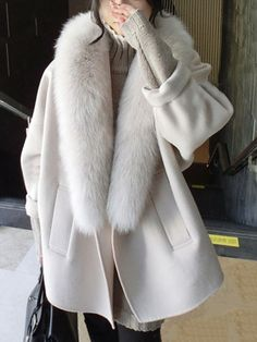 8ce513d6b5f Oversized Faux Fur Collar Plain Woolen Coat - berrylook.com Outerwear Women