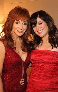 Reba and Kelly At the 47th Annual Academy of Country Music Awards - April 1, 2012