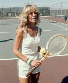 3 Outfits to Wear to Your Next Tennis Match - Game, Set, Match! Shop our favorite tennis outfits to ace your next match. Tennis Match, Play Tennis, Mode Tennis, Tennis Clothes, Nike Clothes, Tennis Dress, Tennis Wear, Shoes Tennis, Vintage Tennis