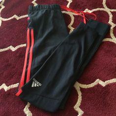 Adidas Climate Pants Medium Medium.. Excellent condition Adidas Pants Leggings