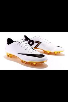 pretty nice 99a5a 543da Limited edition CR7 Nike soccer cleats Zapatos De Fútbol, Zapatillas Nike,  Guantes, Futbol