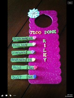 Good cute idea to make with your kids and easy fun chore chart! Maybe this cute idea with simple chores will help them on a daily basis to learn their own routines easier! :) Perfect for my kids to help me around the house. Chores For Kids, Activities For Kids, Toddler Chores, Toddler Learning, Learning Activities, Fun Crafts, Crafts For Kids, Baby Crafts, Teenager Mode