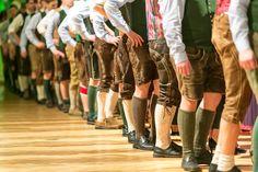 Lederhosen am Steirerball 2014 in Wien Tap Costumes, Lederhosen, Every Woman, Alps, Traditional Outfits, Looking For Women, Looks Great, Feminine, Salzburg