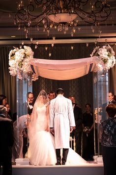 Jewish Ceremony | Artful Weddings by Sachs Photography | Theknot.com