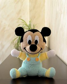 Mickey Mouse, Knitting Patterns, Crochet Patterns, Rest, Baby Mouse, Tweety, Crochet Baby, Hello Kitty, Plush
