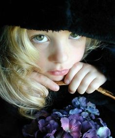 The 100 Most Beautiful and Cute Young Girls in the World (Beautiful Girl Images): Anything Beautiful Girl Image, Beautiful Children, Cute Young Girl, Cute Girls, Cute Girl Outfits, Kids Outfits, Young Fashion, Kids Fashion, Women's Fashion