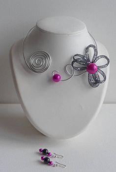 collier argenté fleur résille noir et rose parure b