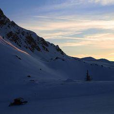 """328 mentions J'aime, 6 commentaires - Courchevel - Station de ski (@courchevel_officiel) sur Instagram: """"Photos prises hier soir ••• Photos taken yesterday evening [ #Courchevel #cvlmoment #3vallees…"""""""