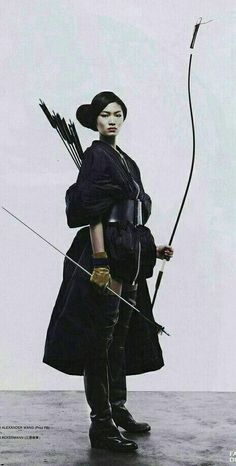 Collection of photos showing the beauty of Japan including landscape photos,Japanese martial arts, Samurai history and beautiful Japanese women. Geisha, Amaterasu, Character Inspiration, Character Art, Female Samurai, Arte Ninja, Kendo, Pose Reference, Archery