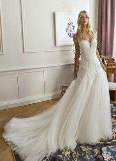 Trouwjurk Modeca Wedding Dresses, Fashion, Rosa Clara, Bride Dresses, Moda, Bridal Gowns, Fashion Styles, Wedding Dressses