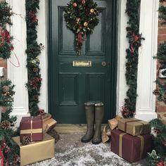 Christmas Photos, Photo Shoot, Furniture, Home Decor, Xmas Pics, Photoshoot, Christmas Pics, Decoration Home, Room Decor