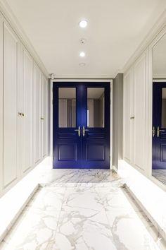 프렌치모던 스타일의 호텔같은 아파트 인테리어 - 밤섬 자이 : 네이버 포스트 Korean Apartment, French Apartment, Apartment Interior, Apartment Entrance, House Entrance, Entrance Doors, Minimal Living, Prefab, Door Design