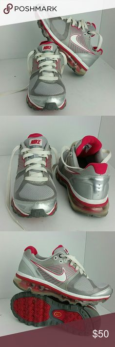 NIKE AIR MAX 2010 WOMEN/YOUTH SHOES IN GOOD CONDITION   THIS IS A YOUTH SIZE 4.5Y WHICH IS WOMEN SIZE 6  SKE # PN NIKE Shoes Athletic Shoes