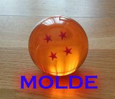 Yo uso de modelo una Dragon Ball, PERO PUEDES USAR CUALQUIER OBJETO CON FORMA DE ESFERA En este video-tutorial os muestro como hacer el molde de silicona con...