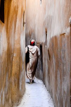 Morocco Travel Inspiration - The Old medina Fez - no cars allowed! They simply…