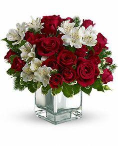 Teleflora's #Christmas Blush Bouquet #Flowers