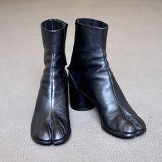 足袋ブーツ マルジェラ - Google 検索 Riding Boots, Booty, Ankle, Street, Google, Shoes, Fashion, Horse Riding Boots, Moda