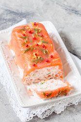 Terrine au saumon et crevettes pour recevoir ou pour les fêtes