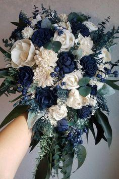 Navy Blue And Gold Wedding, Navy Wedding Flowers, Navy Blue Flowers, Floral Wedding, Wedding Ideas In Blue, Navy Blue Weddings, Blue Wedding Bouquets, Blue Wedding Flower Arrangements, March Wedding Colors
