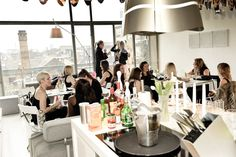 This intimate Supper Club offers delicious food in stylish surroundings with a special emphasis on meeting new people and mingling. The evenings start with a drink and canapes before the guests will being seated around one table for the meal. Plenty of opportunities for conversation - so don't be afraid to book for one only. http://whiteroomsupperclub.blogspot.co.uk/