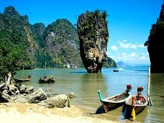 Krabi Phang Nga Bay Sea Canoe Tour booked with Easy Day Thailand. Explore the amazing world of Phang Nga Bay with sea canoeing tours from Krabi and Ao Nang. Phuket Thailand, Thailand Tour, Thailand Travel Guide, Visit Thailand, Thailand Honeymoon, Thailand Vacation, Philippines Travel, Pattaya Bangkok, Places To Travel