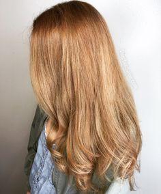 Warm strawberry blonde hair