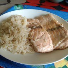 Du poisson tu mangeras #faitbienfaitmain Simple saumon avec du riz  fromage sieste.
