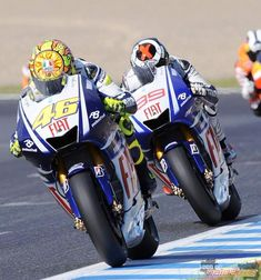 8374703452b 2009 Valentino Rossi e Jorge Lorenzo MotoGP