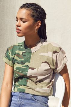 Slide View: 1: Vintage Splice Camo Tee