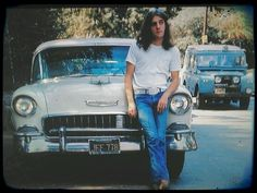 Glenn Frey and his just before the Eagles became famous. Glenn R. Eagles Music, Eagles Band, History Of The Eagles, Glen Frey, Rip Glenn, Randy Meisner, Jackson Browne, Linda Ronstadt, Intimate Photos