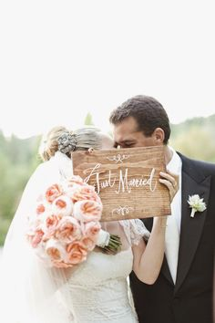 """cute photo idea""""Just Married"""" signage from Molly Sims' wedding! Photography by Gia Canali Wedding Engagement, Our Wedding, Dream Wedding, Wedding Bride, Wedding Ceremony, Wedding Stuff, Wedding Bells, Wedding Flowers, Wedding Bouquet"""