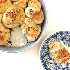 5 Ingredient Garlic Knots