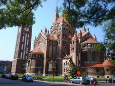 Múzeum*Kör*Út - ha valami különlegesre vágysz! http://szegedtourism.hu/programok/orszagjaromuzeum_kor_utdomter – itt: Szeged. Hungary