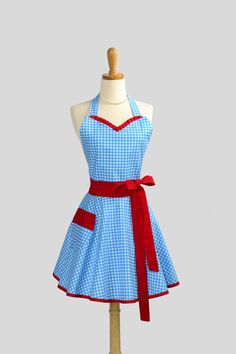 Sweetheart apron Blue gingham