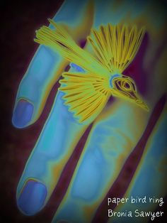 Blue yellow paper art, so vivid the photo has become great photography, Kudos!