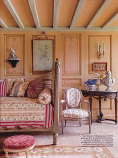 Coorengel and Calvagrac-Bordeaux-German AD-Stephan julliard Country Interior, Antique Interior, World Of Interiors, French Interiors, French Decor, French Country Decorating, Beautiful Bedrooms, Beautiful Interiors, Dining Room Furniture Design