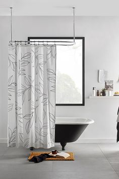 Injecting a classic graphic design into your bathroom is simple when you've got stylish decor like this easy-care shower curtain in the mix. Machine wash and dryable, it's an excellent choice for humid areas like your bathroom. Style your decor with matching towels and accessories to draw on this on-trend colour palette. Architecture Design, Bouclair, Gold Framed Mirror, Black Curtains, Bathroom Collections, Bathroom Curtains, Clawfoot Bathtub, Color Trends, Decoration